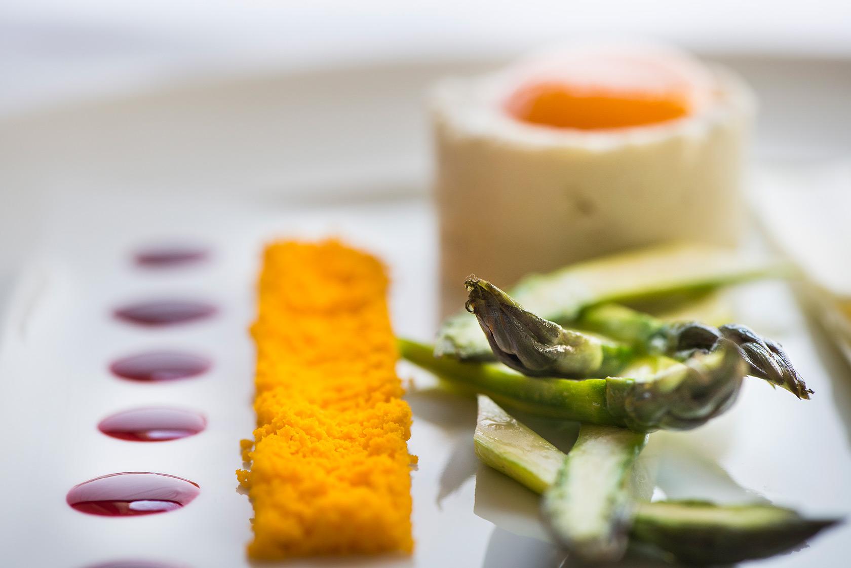 arnolfo-ristorante-asparagi-uova-gaetano-trovato-chef