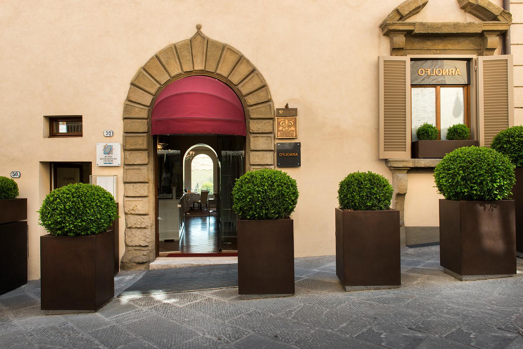 arnolfo-ristornate-ingresso-colle-val-delsa